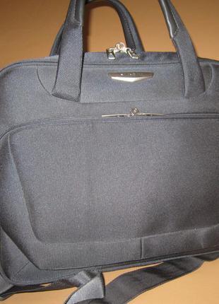 Большая, стильная дорожная сумка американского бренда samsonite