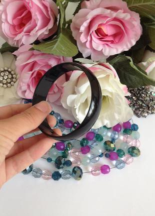 Лаковый чёрный пластиковый браслет