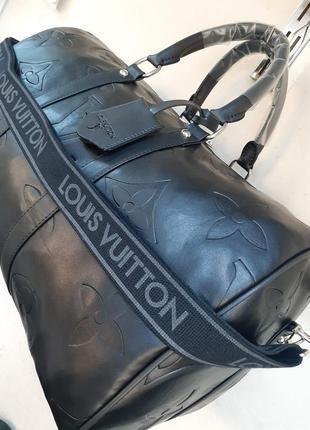 Спортивная сумка а так же для похода