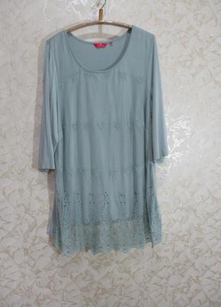 Нарядная трикотажная блуза-туника с сеточкой и вышивкой батал uk 22