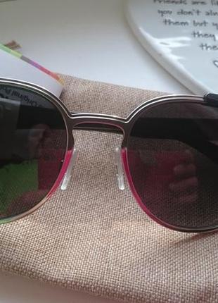 Очки солнцезащитн .