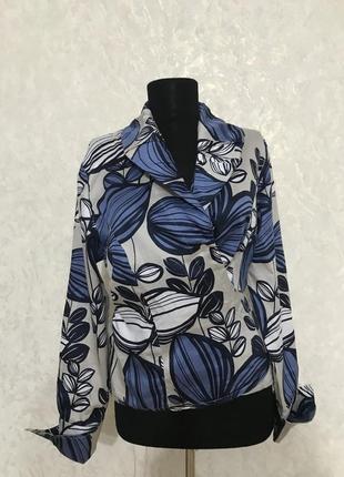 Стильная блуза на запах
