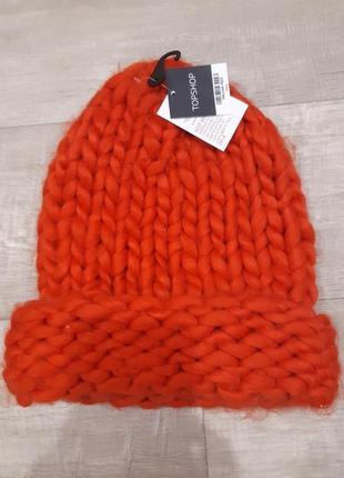 Теплая шапка толстой вязки