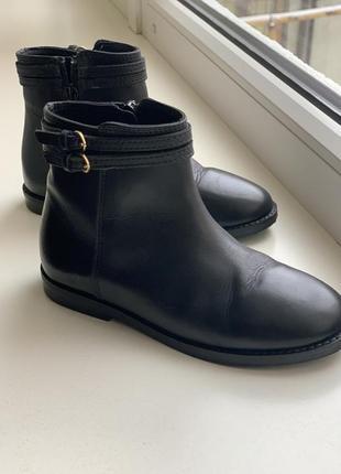 Детские ботиночки фирмы zara