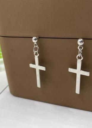 Серебристые серьги подвески крестики минимализм сережки под серебро кульчики