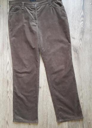 Стрейчевые прямые вельветовые джинсы brax