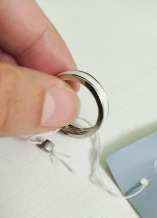 Стильное кольцо. белая керамика и серебро. распродажа3 фото