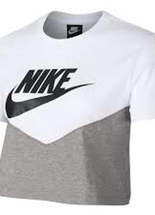 Укорочённая футболка nike