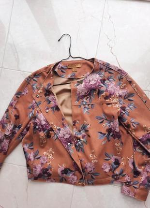 Куртка/жакет3 фото
