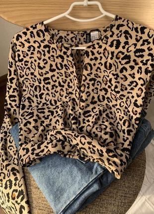 Трендов  блуза h&m