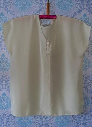 Салатовая нарядная блузка