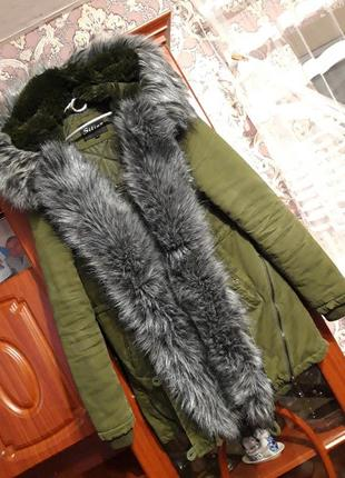 Куртка-парка зимняя женская с искусственным мехом