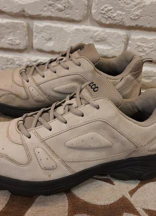 Кожаные кроссовки ecco (ориг). размер 41 (стелька 27 cм ).