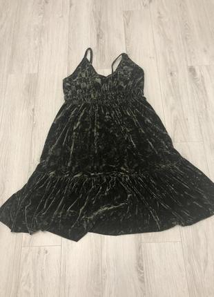 Велюровое платье reserved