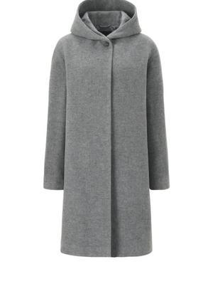 Класне шерстяне пальто
