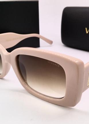 Versace очки женские солнцезащитные бабочки розовые с фигурными дужками