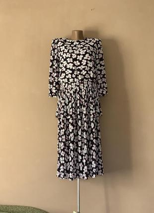 Невероятное платье винтаж винтажное плиссировка цветочный принт миди