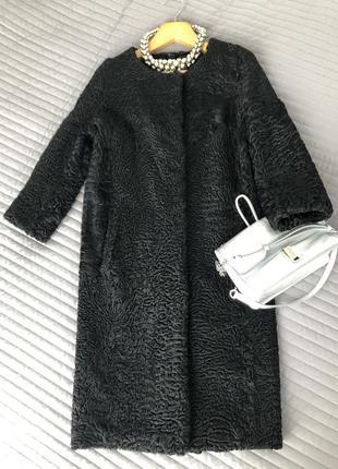 Пальто каракулевое. размер s