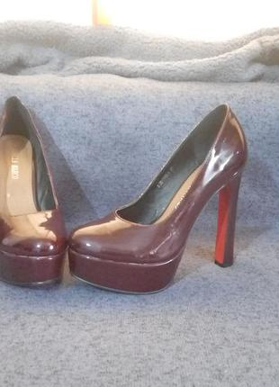 Бордовые туфли stella marco размер 39