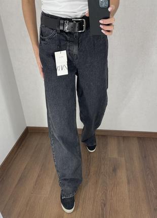 В наличии. стильные джинсы трубы zara. размер 36 s.