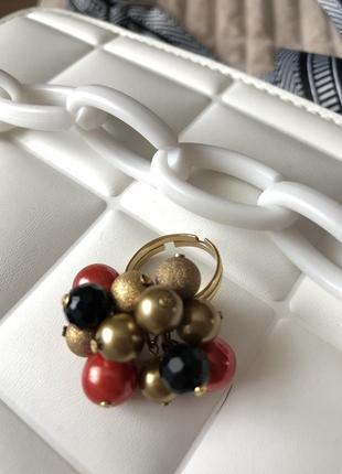 Кольцо бижутерия с бусинками
