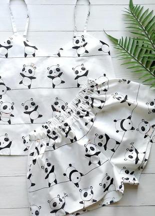 Пижама женская белого цвета с майкой и шортами панды