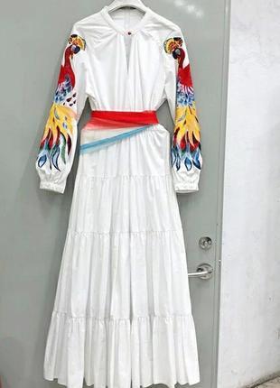 Новое женское платье с вышивкой белое вышиванка размер l