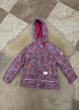 Модная курточка для девочки ростом 110см