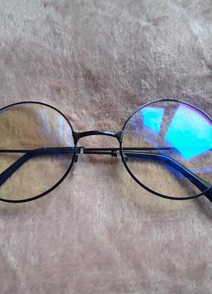 Летние модные очки