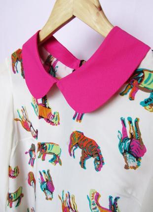 Шифоновая блузка с воротников в цветные лошадки