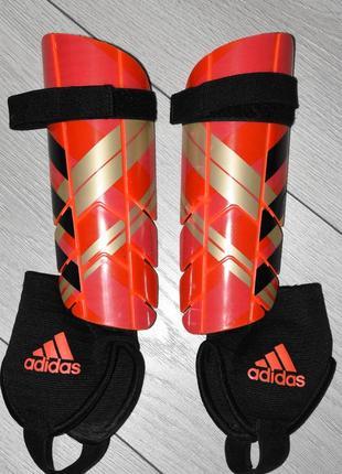 Футбольные щитки adidas оригинал адидас оригинальные