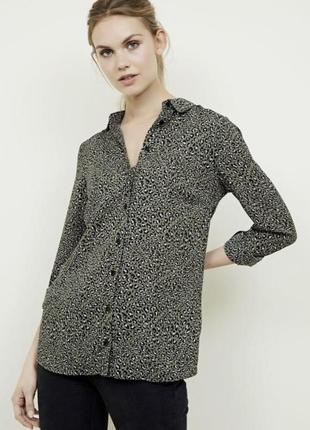 Отличная нежная юбка цвета хаки в лео принт