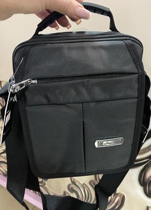 Мужская фирменная сумка с водонепроницаемого покрытия на много отделений