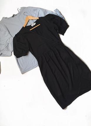 Платье на запах чёрное