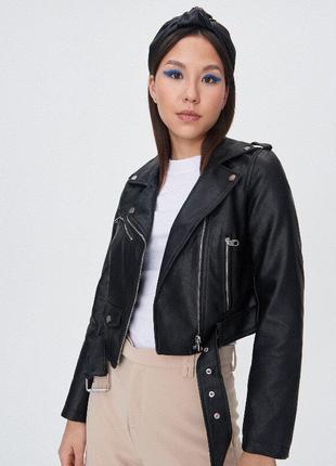 Байкерская куртка с ремнем косуха кожаная sinsay