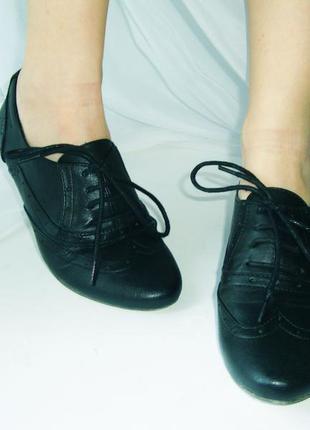 Классные оксфорды (лоферы, броги, туфли) из эко-кожи тамарис