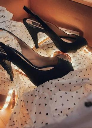 Замшевые туфли слингбэки