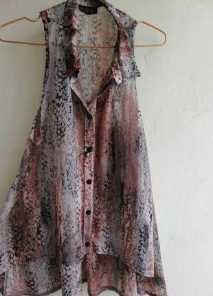 Шифоновая, рубашка, блуза без рукавов удлиненная, змеиный принт,topshop, размер 8 наш 40