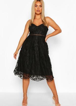 Кружевное платье миди большого размера boohoo, гипюровое, сетка, тюлевое, нарядное, черное