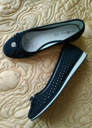 Балетки темно-синие нубук  keddo couture london 37/туфли с перфорацией