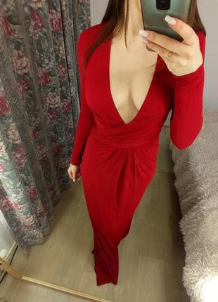 Бордовое платье макси с длинным рукавом