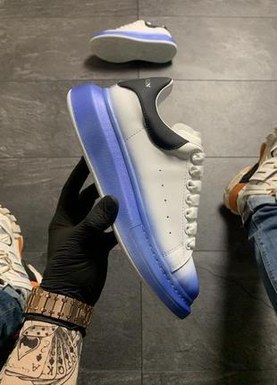 Белые синие чёрные женские кроссовки кеды (alexander mcqueen white blue black)