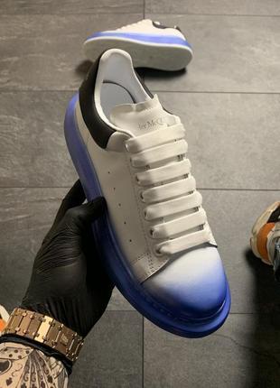Белые синие чёрные женские кроссовки кеды (alexander mcqueen white blue black)2 фото
