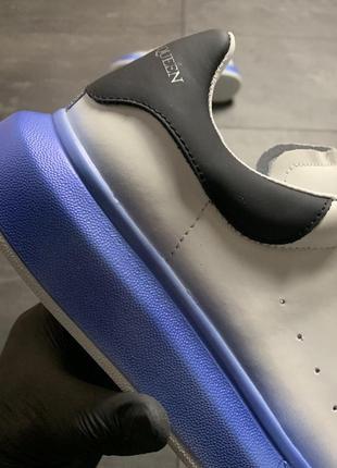 Белые синие чёрные женские кроссовки кеды (alexander mcqueen white blue black)6 фото