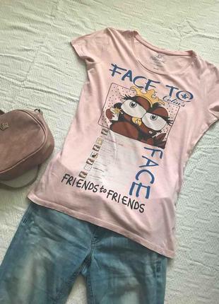 Яркая футболка colin's.размер s
