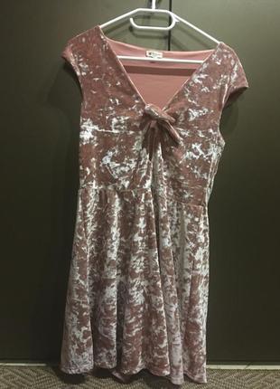 Платье велюровое на праздник нежное новое4 фото