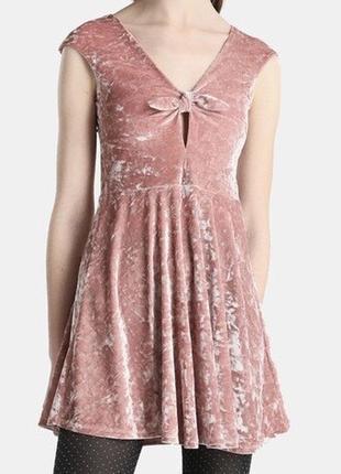 Платье велюровое на праздник нежное новое1 фото