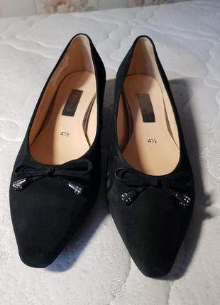 Женские кожаные туфли gabor