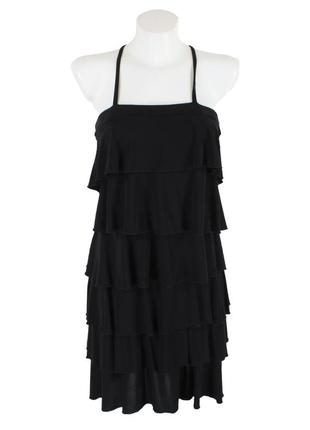 Черное платье с оборками