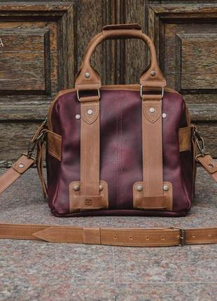 Женская кожаная сумка саквояж. саквояж для путешествий